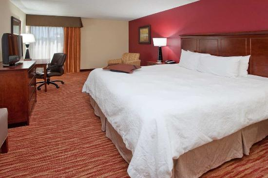 Pickerington, OH: Accessible King Room