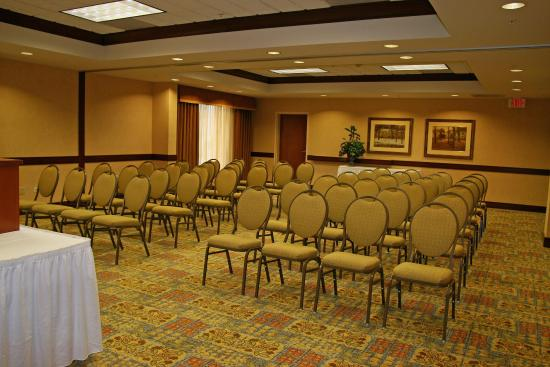 McHenry, อิลลินอยส์: Hilton Room Theatre Style