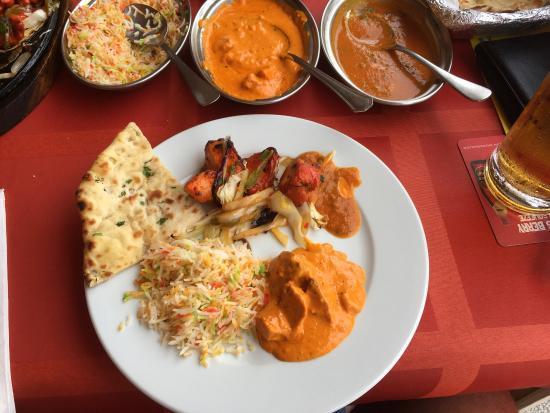 Happy Valley Indian Restaurant : Wow! Vilket bemötande! Det är det absolut godaste vi någonsin ätit! Vi åt Chicken tikka masala o