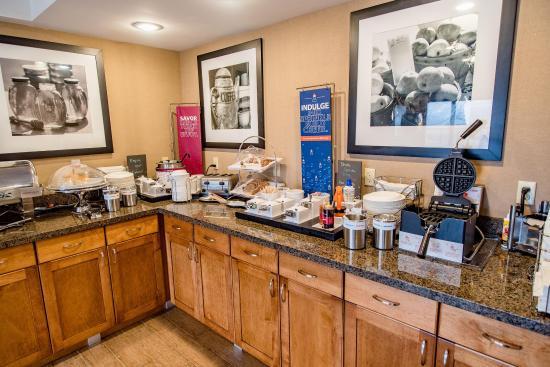 Caryville, TN: Breakfast Buffet