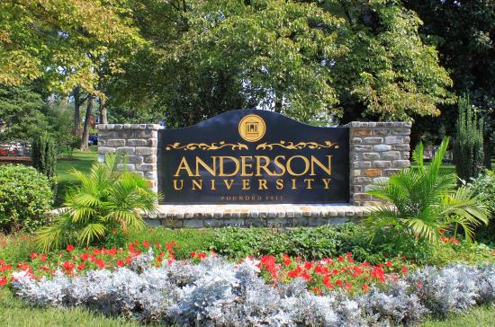 Hampton Inn Anderson: Anderson University