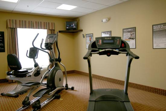 Hampton Inn & Suites Fredericksburg: Fitness Center