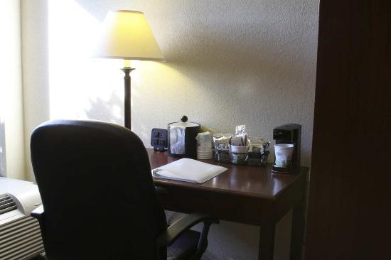 Kuttawa, KY: King Study Room