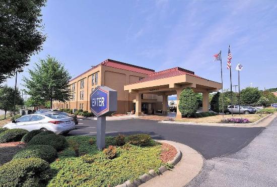 Eden, NC: Hotel Exterior