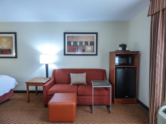 Charleston, WV: Sofa