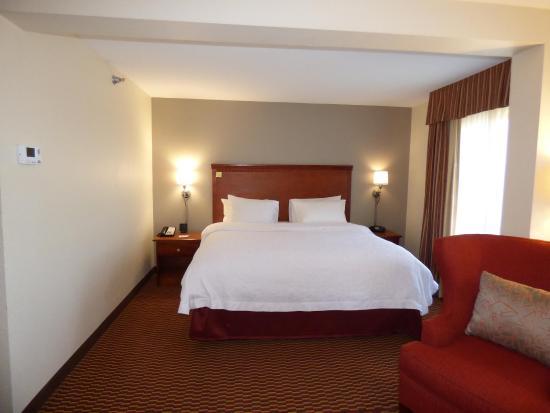 Charleston, WV: King Bed