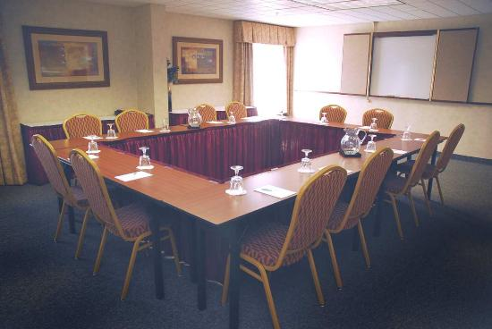 Hampton Inn Columbus Airport: Meeting Room