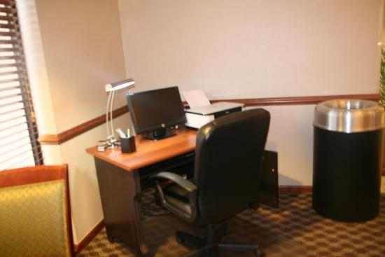 Madison, GA: Business Center