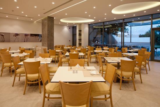 Caravia Beach Hotel: Hippocrates Restaurant