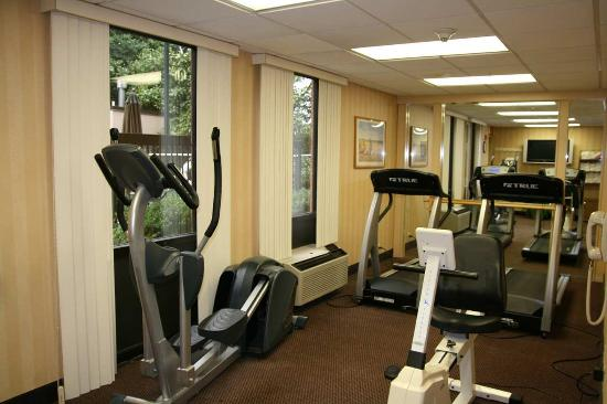 Hampton Inn & Suites Annapolis: Fitness Center