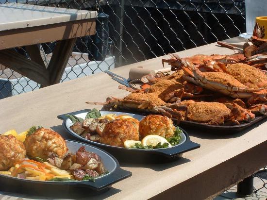 Hampton Inn & Suites Annapolis: Complimentary Breakfast