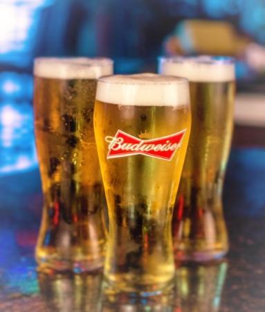 Cambridge, كندا: monday beer special