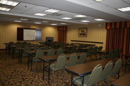 Adel, GA: Meeting Room