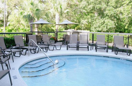 Hampton Inn Amelia Island at Fernandina Beach: Outdoor Pool