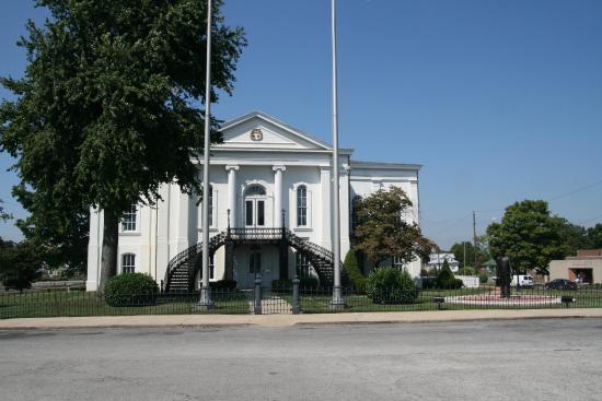 Mount Vernon, IL: Apellate Courthouse