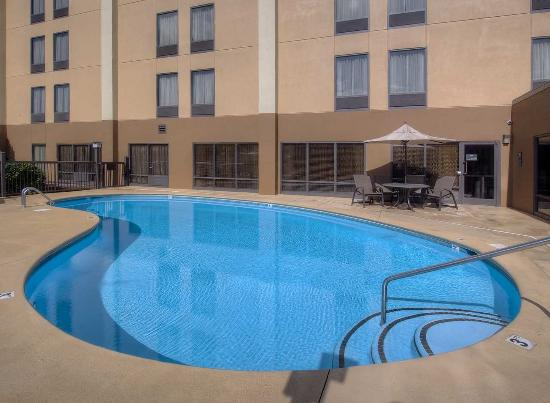 Hampton Inn Kingsport: Outdoor Pool