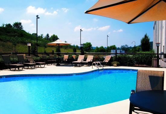 Hampton Inn Kingsport: Outdoor Pool