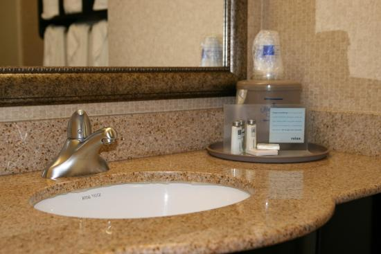 Mebane, Carolina del Norte: Bath Vanity