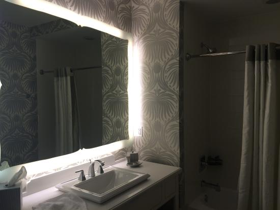 The Silversmith Hotel: salle de bains