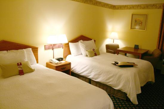 Shelbyville, IN: Double Guest Room