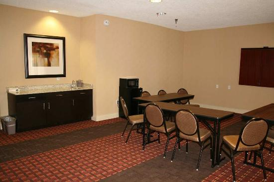 Hampton Inn Corydon: Meeting Room