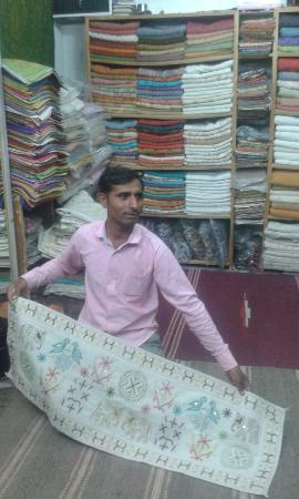 Rohet, India: Keshav Handmade Embroidery & Leather Craft