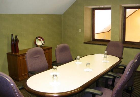 Brookfield, WI: Boardroom