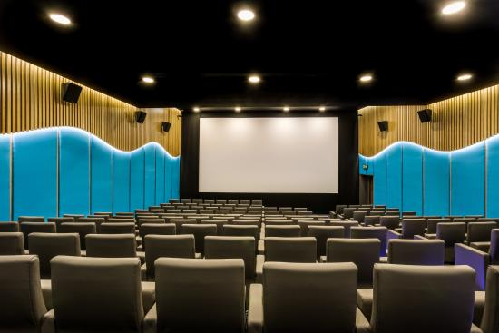 Private Cinema Picture Of Courthouse Hotel Shoreditch London