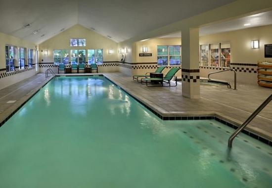 Southington, CT: Indoor Pool