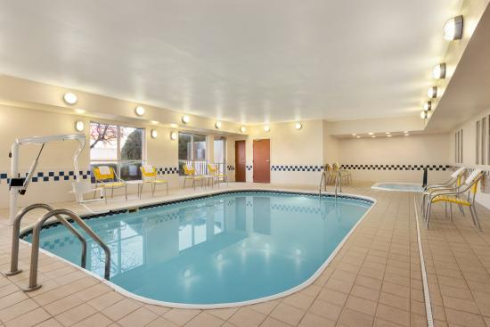 Fairfield Inn & Suites Amarillo West/Medical Center: Indoor Pool Area