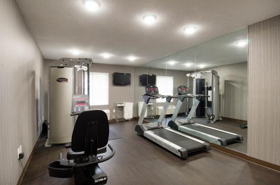 Auburn, MA: Fitness Room