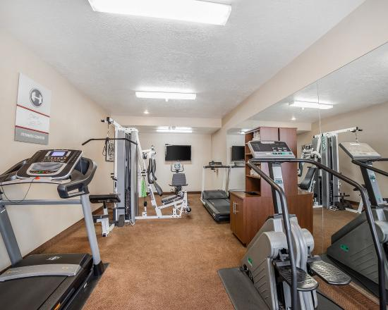 Clarion Suites: Fitness Center