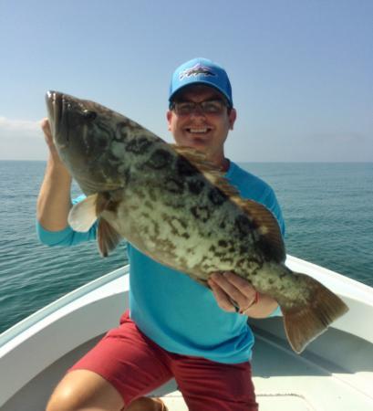 FishSkinner Charters: Grouper Fishing