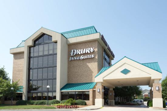 Drury Inn & Suites Charlotte University Place: Exterior