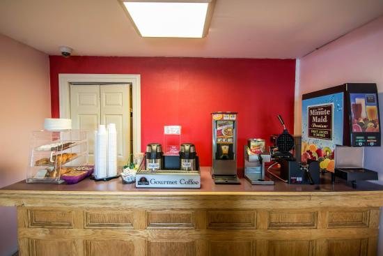Econo Lodge: NYBkfast