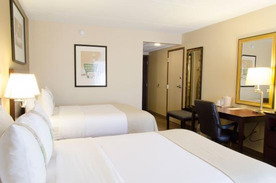 Kalamazoo, MI: Guest Room-2 Doubles