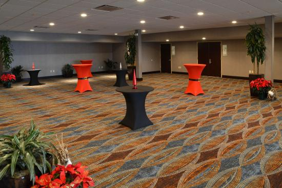 Canton, OH: Reception Area