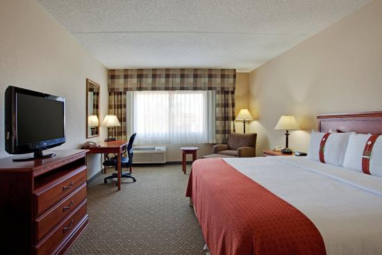 Casa Grande, AZ: Our Deluxe King room meets your every need.