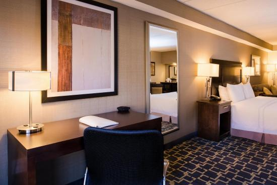 Shelton, CT: Accessible Room