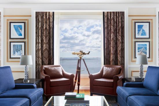 Boston Harbor Hotel: Presidential Suite Telescope