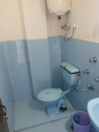 Hotel Tranquility: Badezimmer mit Boiler
