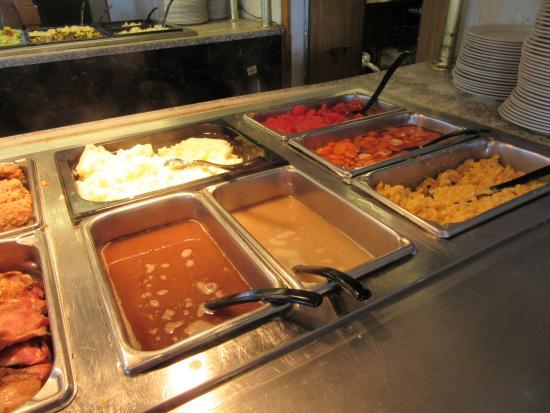 Springville, NY: Buffet - meats II