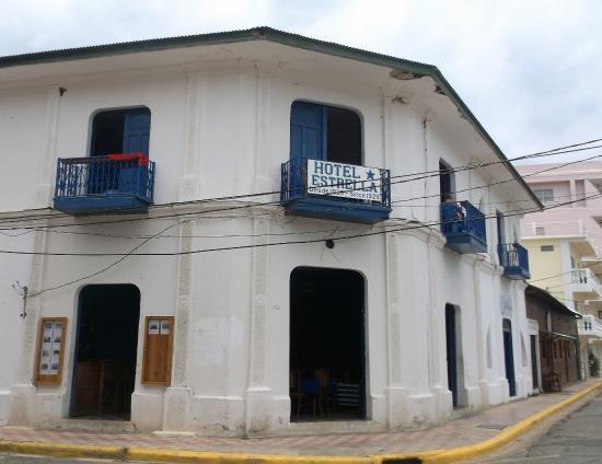 Hotel Estrella: 3 mai 2016