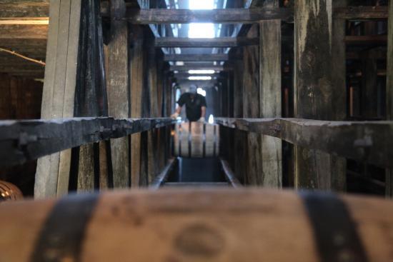 Weston, MO: Barrel warehouse