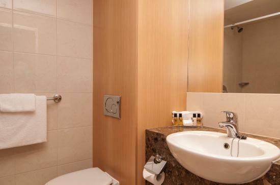 Copthorne Hotel Rotorua: Bathroom