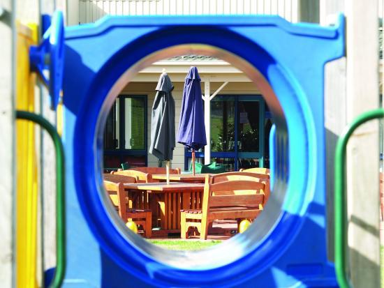 Copthorne Hotel & Resort Solway Park, Wairarapa: Kids Playground At Cafe Solway