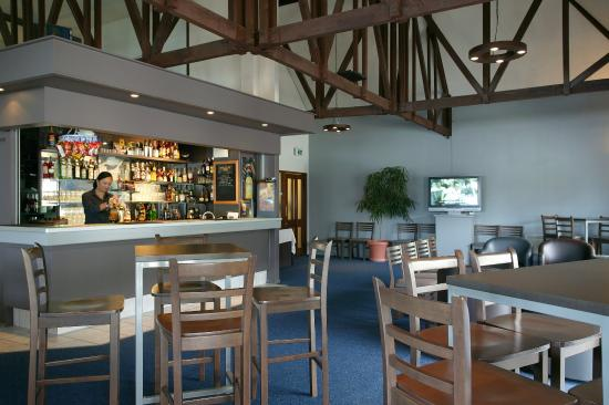 Kingsgate Hotel Autolodge Paihia: Bar