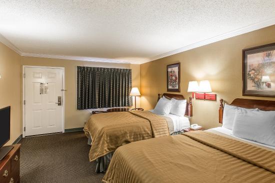 Byron, GA: Double queen room