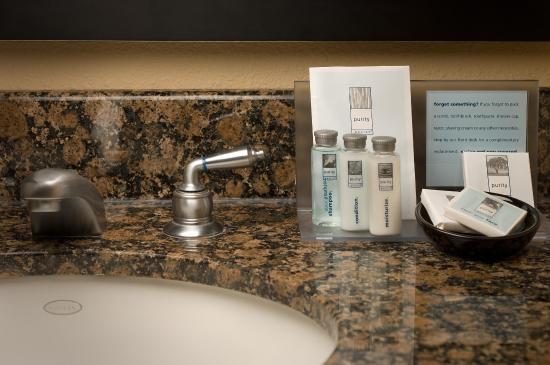 Hampton Inn & Suites Waco South: Guest Bathroom