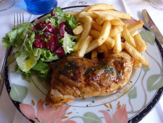 plat du jour poulet frites salade photo de au clair de la lune paris tripadvisor. Black Bedroom Furniture Sets. Home Design Ideas